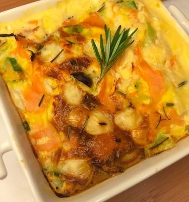 Quiche de salmão e queijo